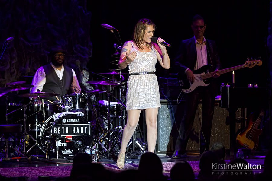 Beth Hart At Park West In Chicago Il National Rock Review