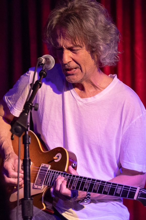 Billy Squier Ge Smith Rams Head Onstage Annapolis Md Dave Roberts likewise Schuttbrainsentrysensor as well Maxresdefault moreover Jaj Fa together with Img. on head md
