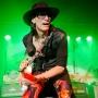 steve-vai-intersection-11-7-13-800-px-10