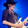 steve-vai-intersection-11-7-13-800-px-3