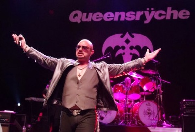 Queensryche-GeoffTate-StageShot