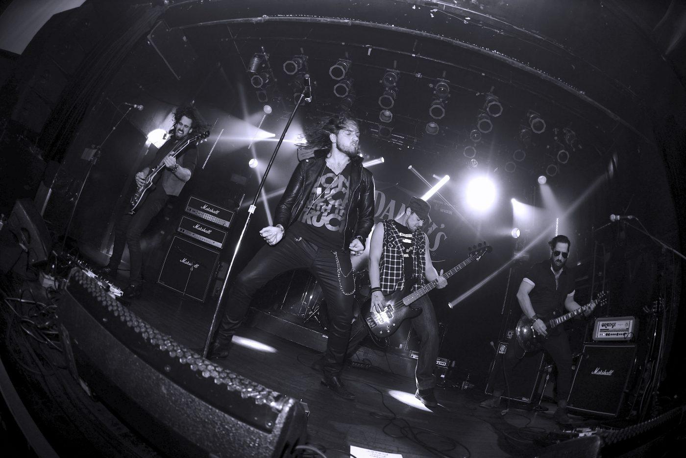 Header-LastBullet-Live-PublicityPhoto