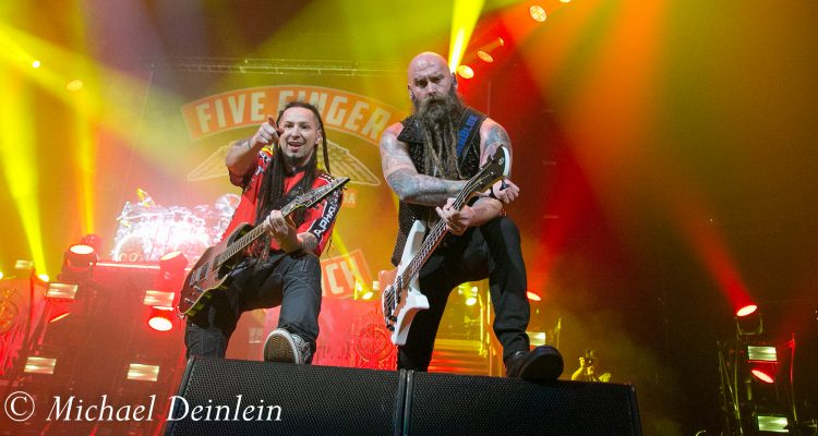 Light Up Louisville 2017 >> Five Finger Death Punch & Shinedown at The Yum Center in Louisville, KY - National Rock Review