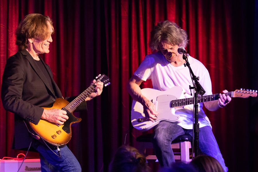 Billy Squier and G E  Smith at Rams Head Onstage in