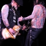 Buckcherry-CampbellHeritageTheater-Campbell_CA-20140313-KennySinatra-018